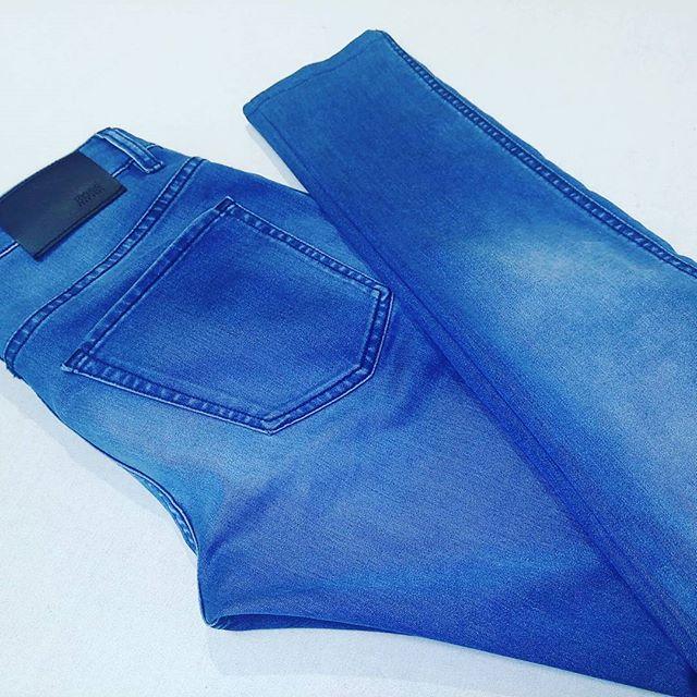 デニムのスリム加工。足首周り−4cm。#洋服のリフォーム #スレッド名古屋 #名古屋 #栄 #ファッション #デニム #スリム #hugoboss from Instagram