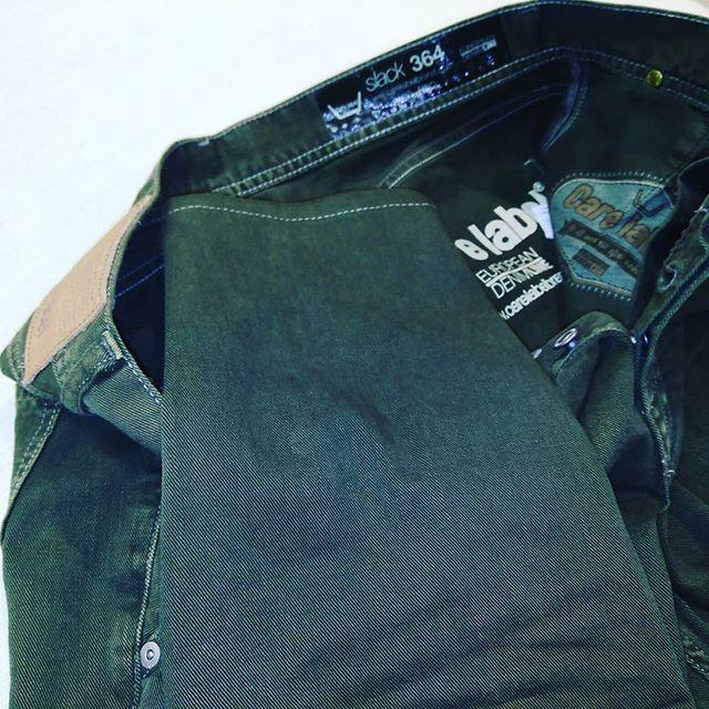 デニムのスリム加工。#洋服のリフォーム #スレッド名古屋 #名古屋 #栄 #ファッション #スリム #carelabel from Instagram