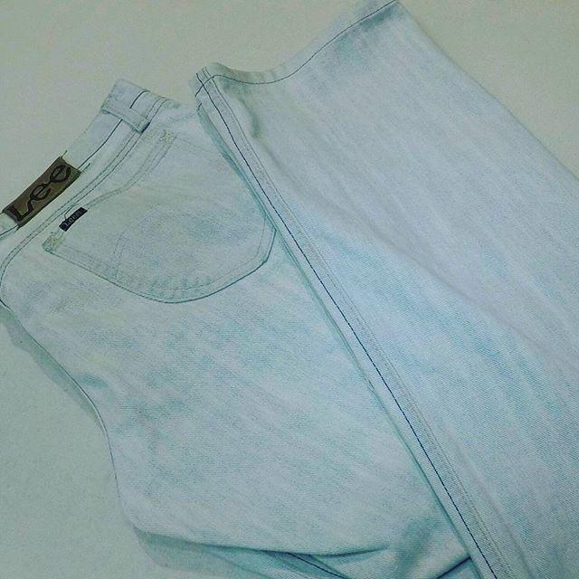 #ジーパン#ブーツカット の#デニム をストレートにしました。#洋服のリフォーム #スレッド名古屋 #名古屋 #栄 #ファッション #lee